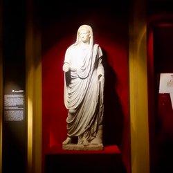 Museo Nazionale Romano di Palazzo Massimo alle Terme (RM) - la statua in marmo di Augusto velato